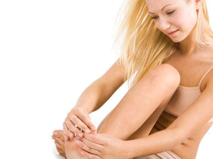 symptoms of nail psoriasis